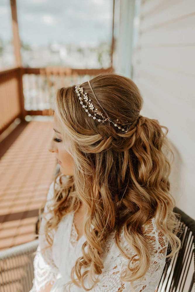 Bride with boho glam hair styled by Jennifer
